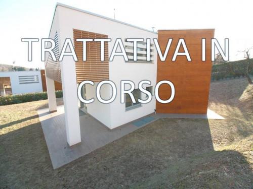 PRESTIGE-Ville in Vendita a Sirtori