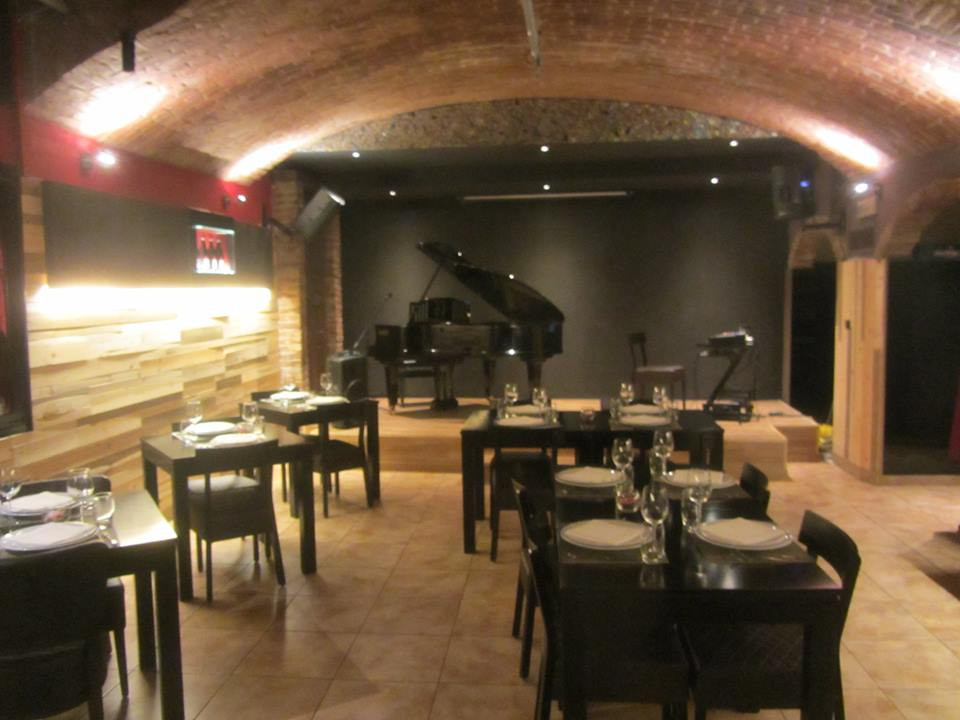 Legnano | Bar e tabacchi in Affitto in  | lacasadimilano.it