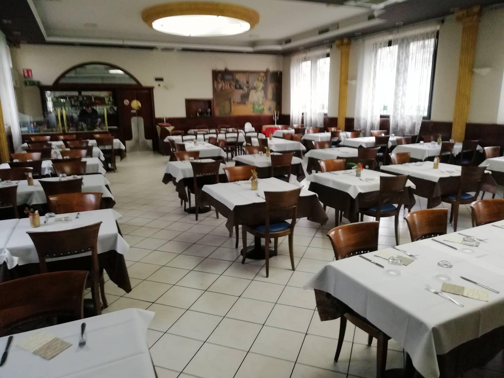 Bar in vendita a Olgiate Olona, 9999 locali, zona Località: BuonGesù, prezzo € 100.000 | CambioCasa.it