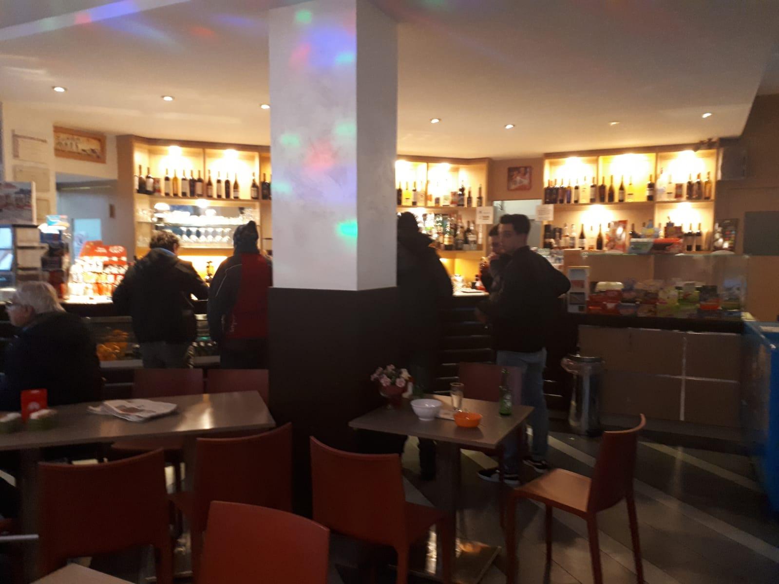 Bar in vendita a Dairago, 9999 locali, prezzo € 90.000 | CambioCasa.it