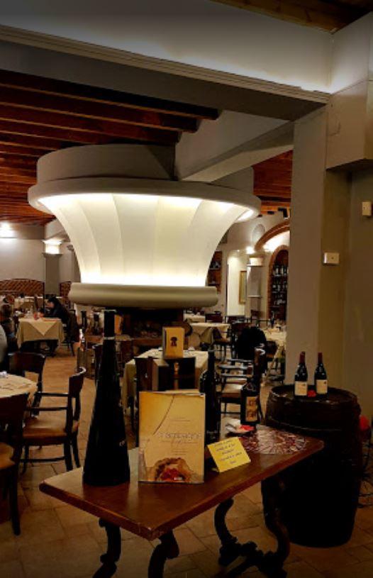 Attività / Licenza in vendita a Legnano, 9999 locali, prezzo € 169.000 | CambioCasa.it