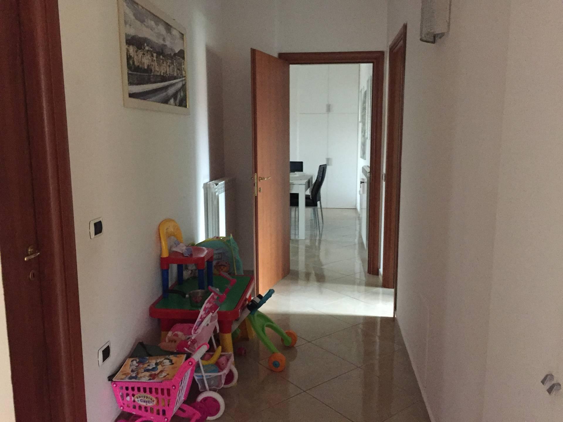 Appartamento in vendita a Telese Terme, 6 locali, prezzo € 145.000 | CambioCasa.it