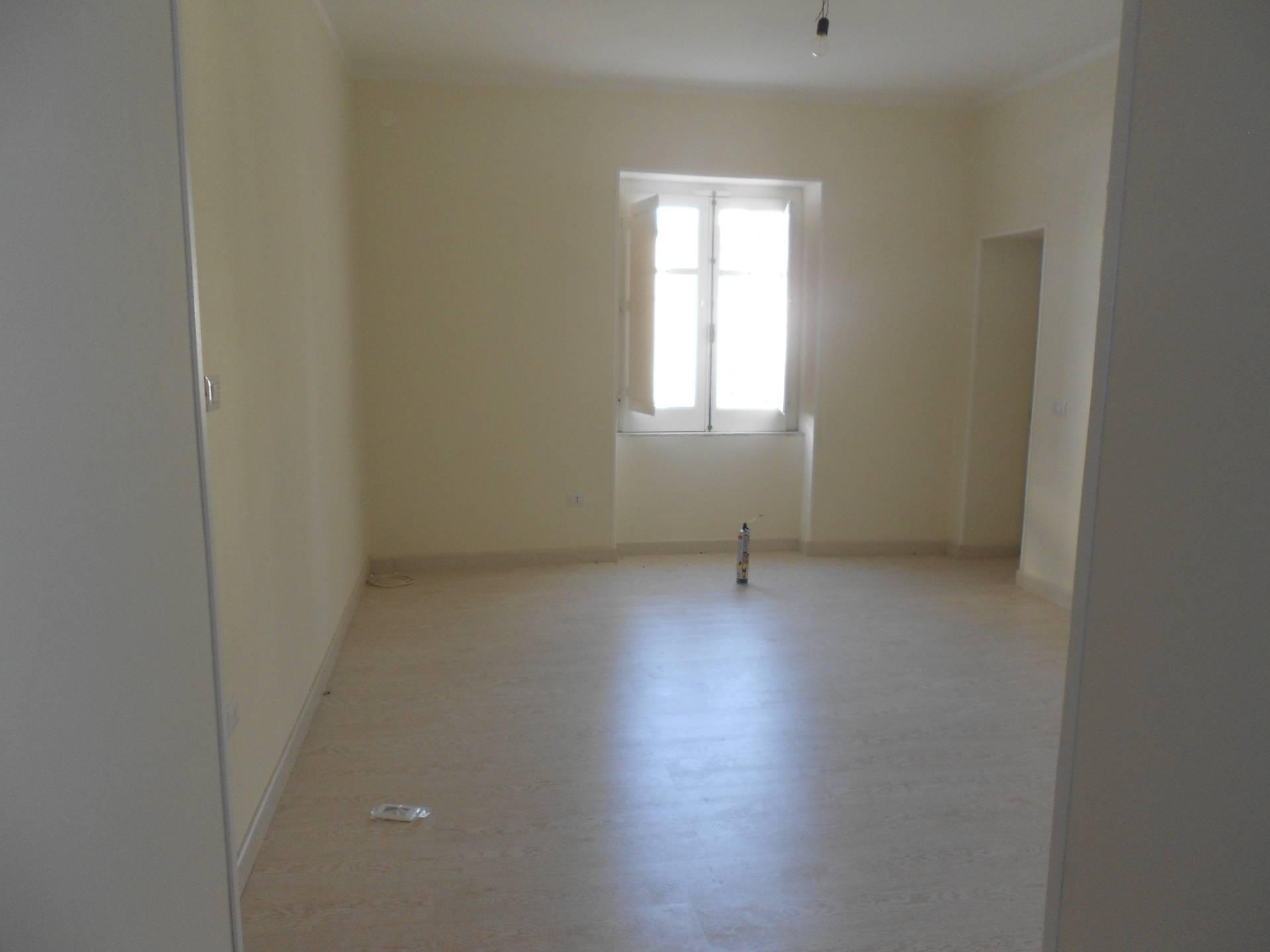 Appartamento in vendita a Telese Terme, 3 locali, prezzo € 55.000 | CambioCasa.it