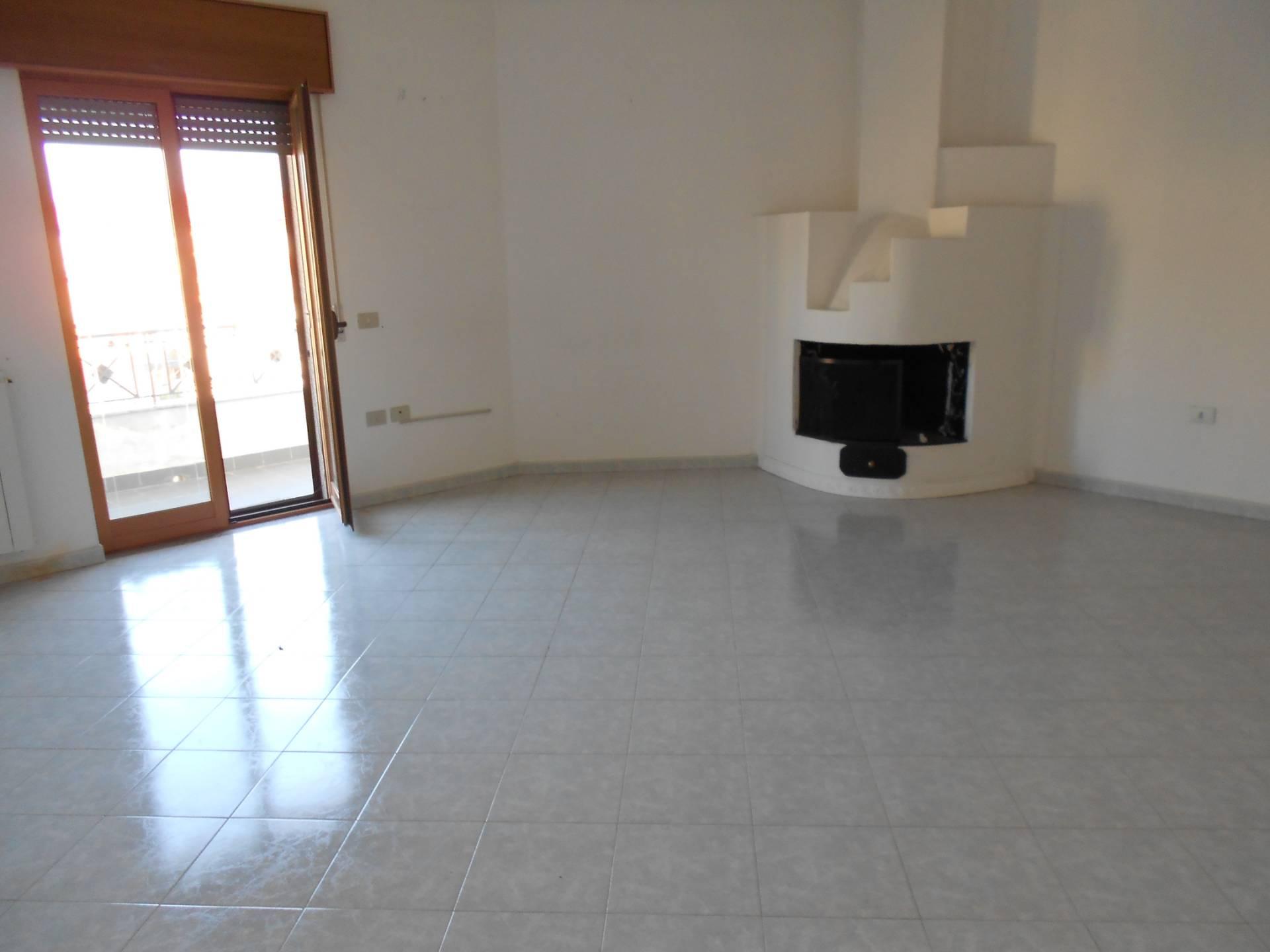 Appartamento in vendita a Telese Terme, 5 locali, prezzo € 125.000 | CambioCasa.it