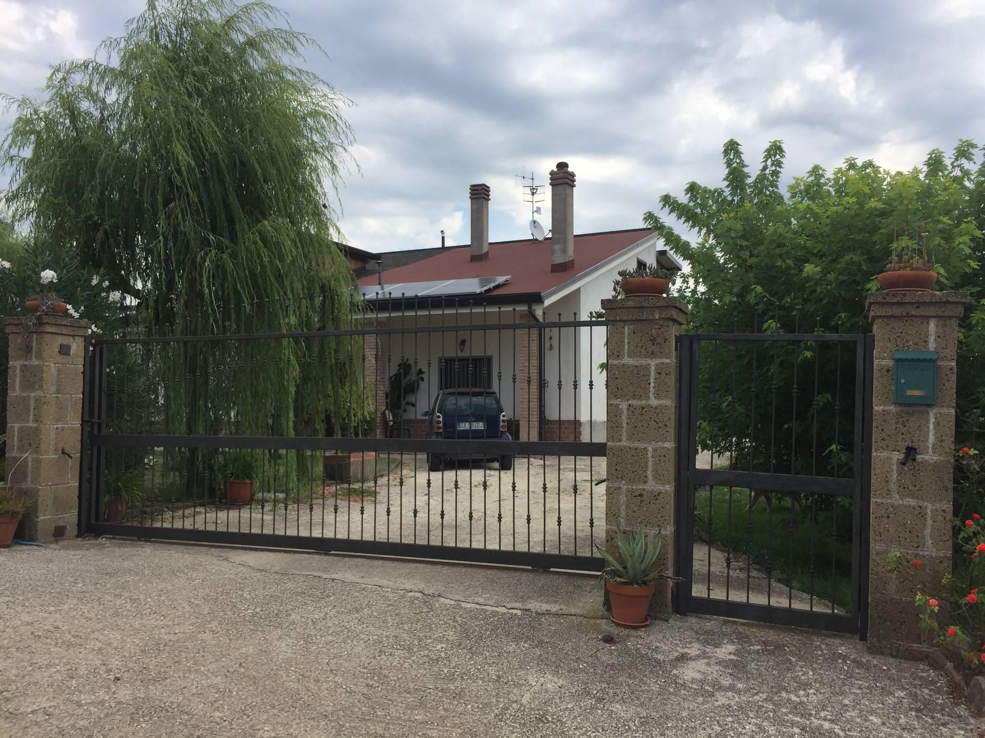 Villa in vendita a Telese Terme (BN)