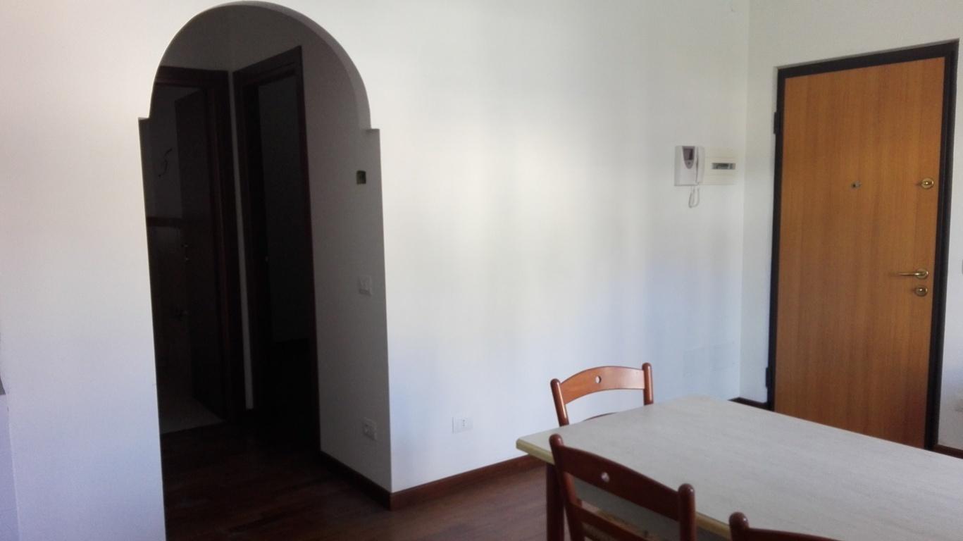 Appartamento in vendita a Tivoli, 3 locali, zona Località: Tivolicittà, prezzo € 135.000 | Cambio Casa.it