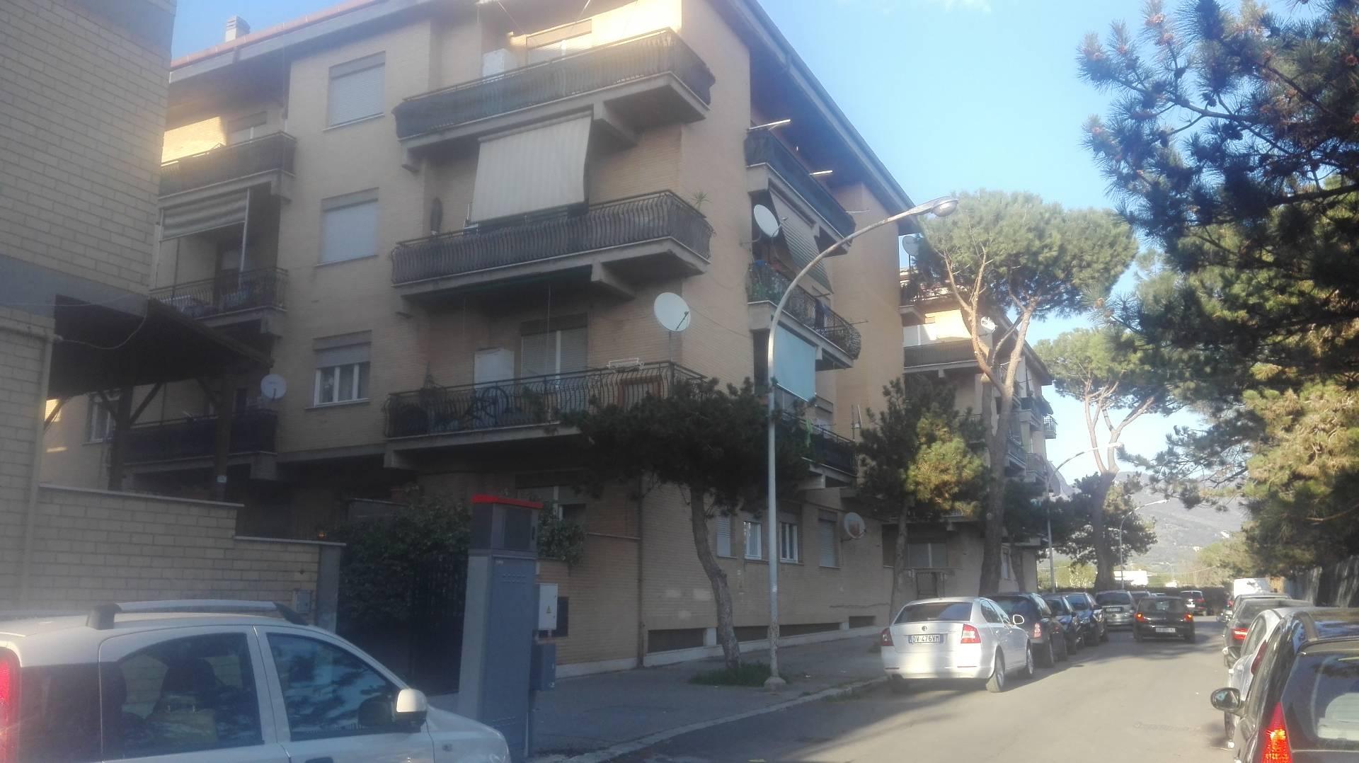Bilocale Tivoli Via Gian Lorenzo Bernini 1