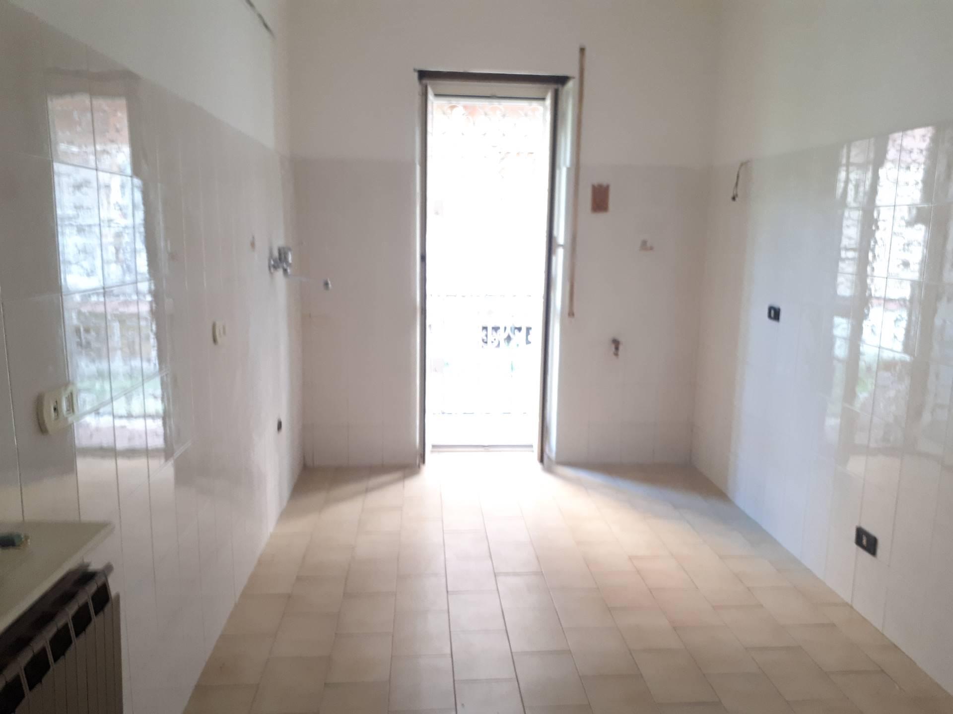 Appartamento in affitto a Tivoli, 4 locali, prezzo € 550 | Cambio Casa.it