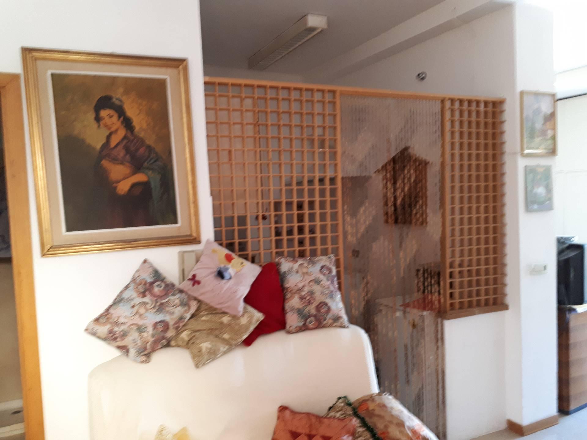 Bilocale Tivoli Via Valeria 6