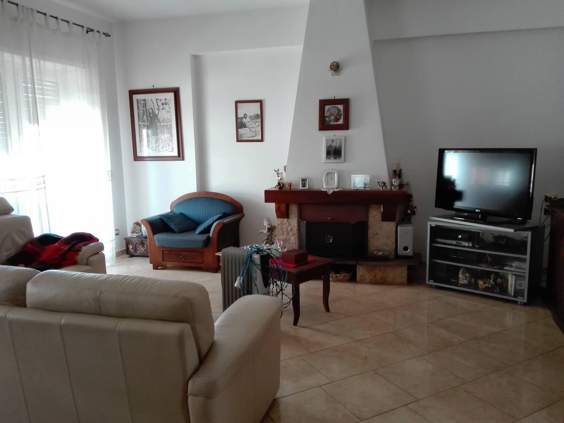 Appartamento in vendita a Tivoli, 3 locali, prezzo € 129.000 | CambioCasa.it