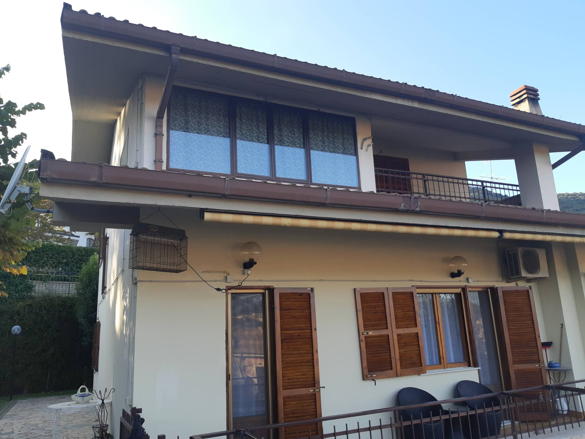 Villa in vendita a San Polo dei Cavalieri, 5 locali, prezzo € 450.000 | CambioCasa.it