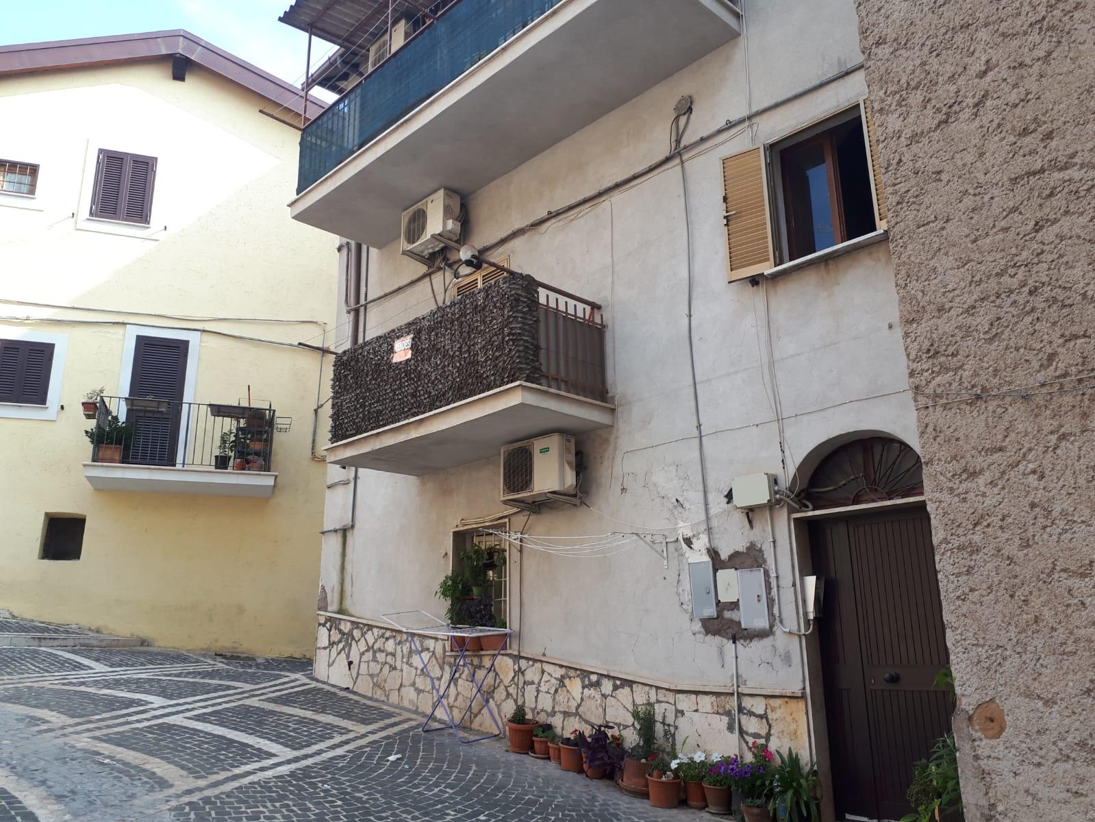 Appartamento in vendita a Marcellina, 2 locali, prezzo € 38.000 | CambioCasa.it