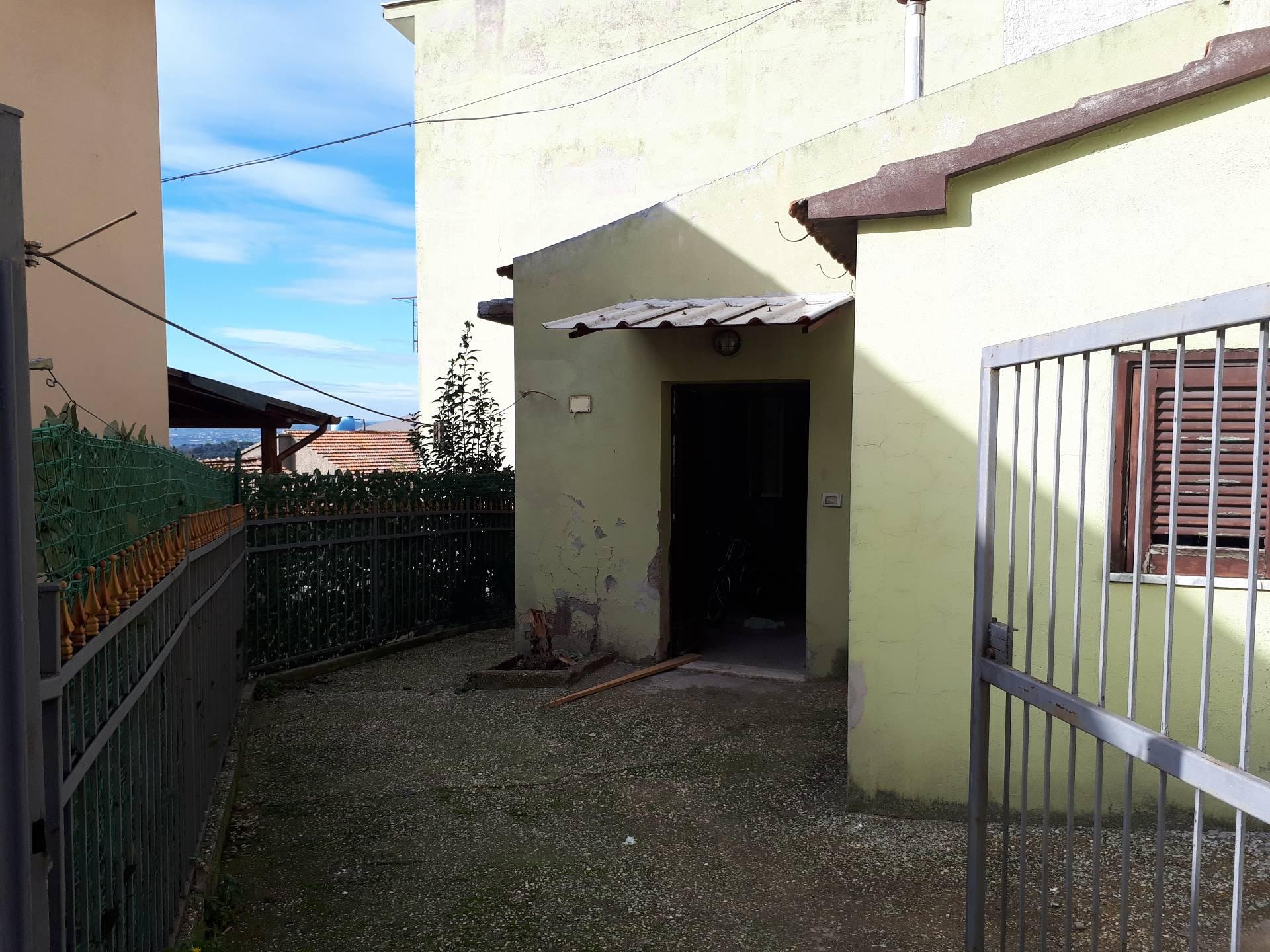 Appartamento in vendita a Montelibretti, 2 locali, prezzo € 31.000 | CambioCasa.it