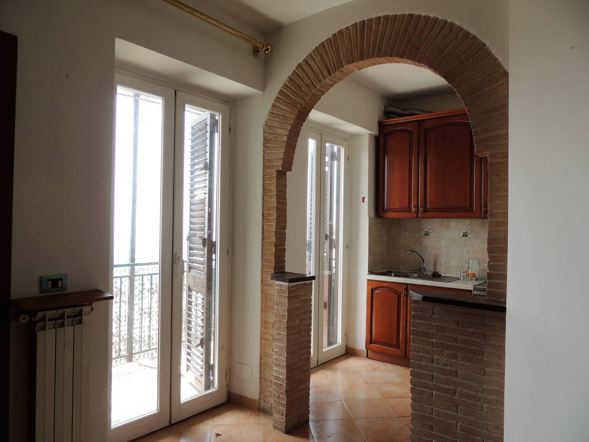 Appartamento in vendita a Sant'Angelo Romano, 2 locali, prezzo € 37.000 | CambioCasa.it