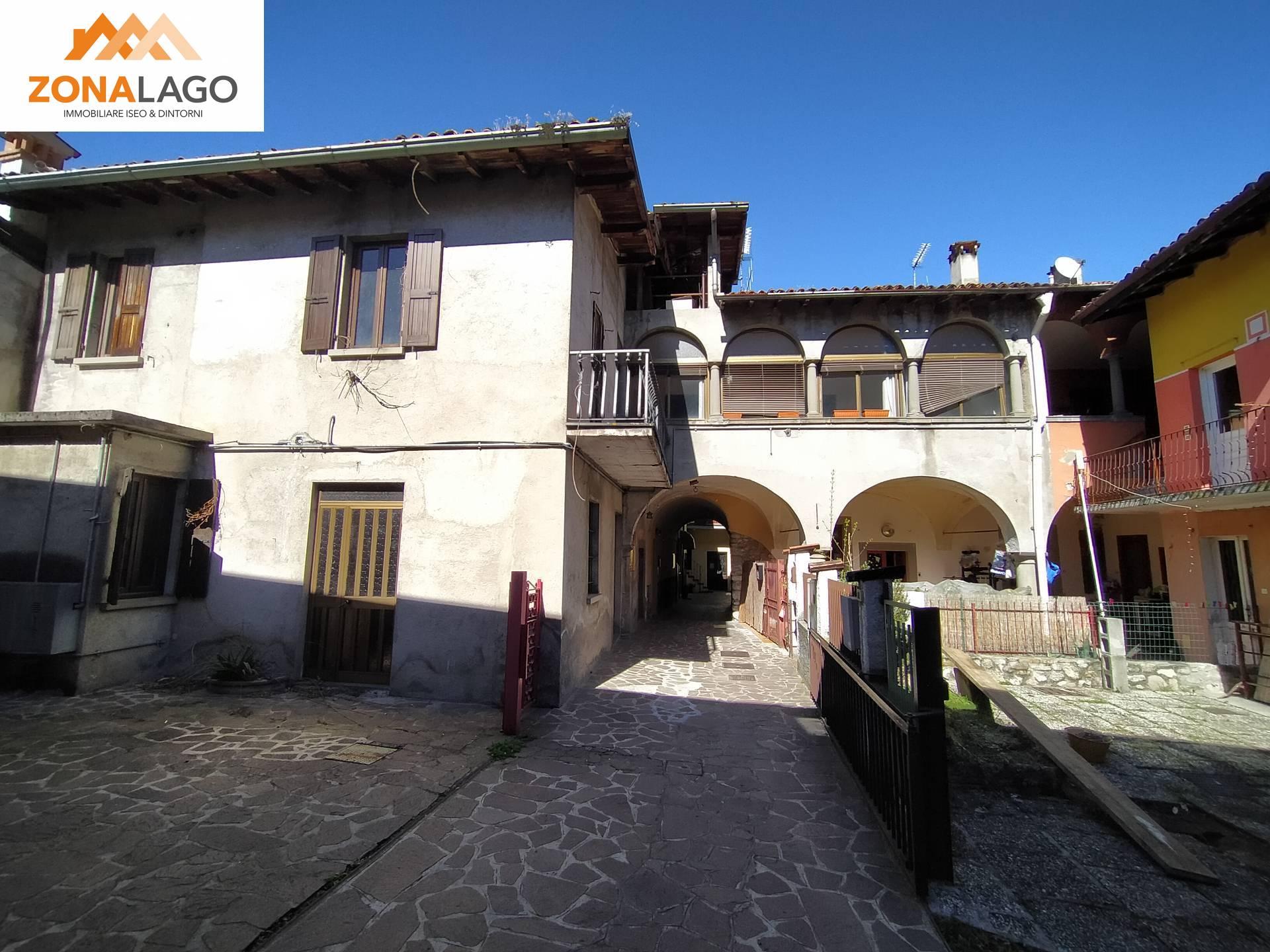 Appartamento in vendita a Sulzano, 3 locali, zona Località: Centro/Centrostorico, prezzo € 60.000 | PortaleAgenzieImmobiliari.it