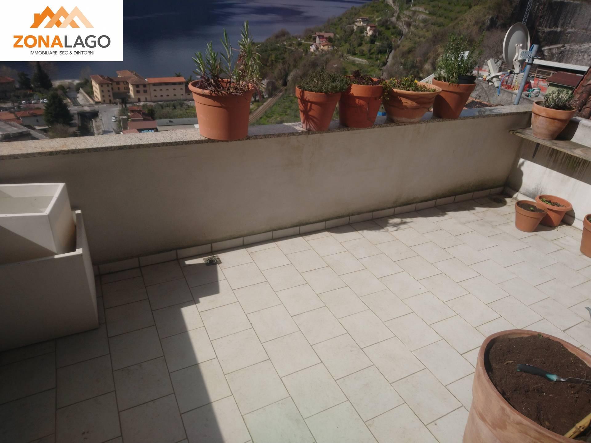 Porzione di casa in vendita a Marone (BS)