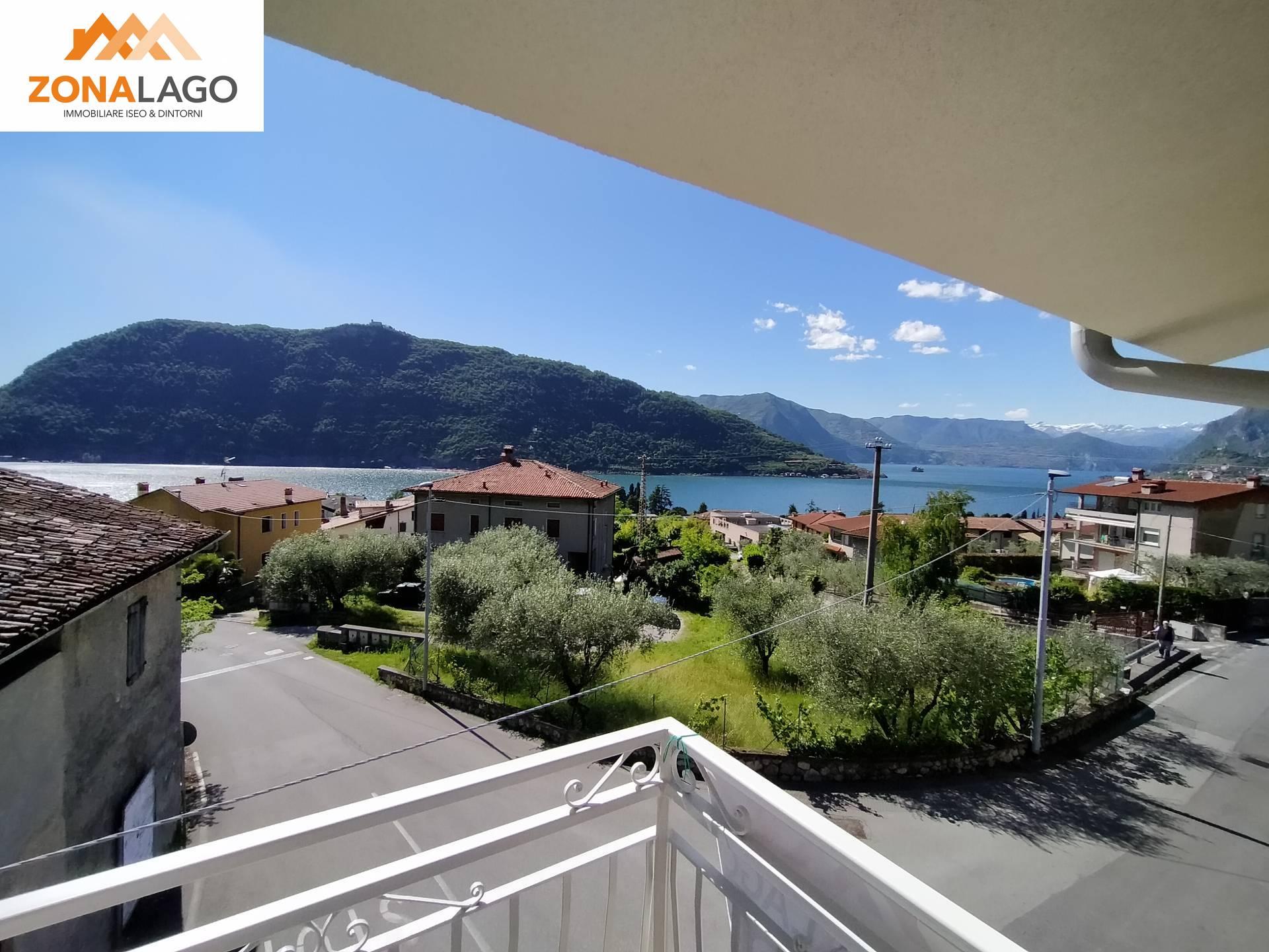 Appartamento in vendita a Sale Marasino, 5 locali, prezzo € 265.000 | PortaleAgenzieImmobiliari.it