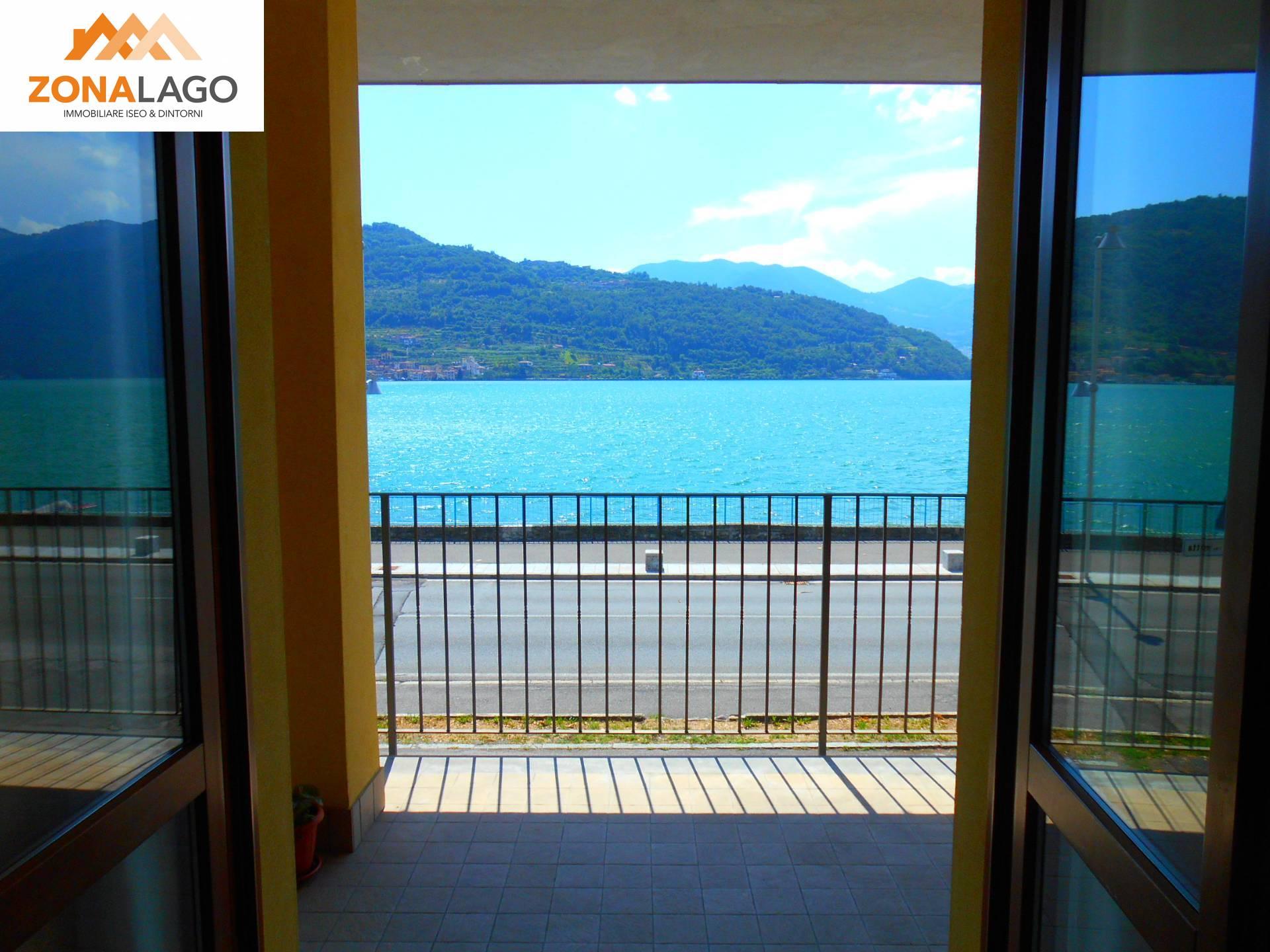 Appartamento in vendita a Sale Marasino, 3 locali, prezzo € 215.000 | PortaleAgenzieImmobiliari.it