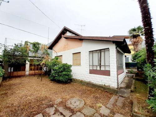 Casa singola in Vendita a Marone