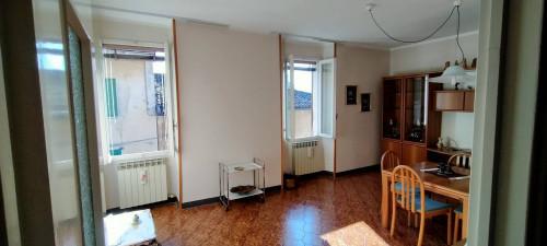 Appartamento in Vendita a Sale Marasino