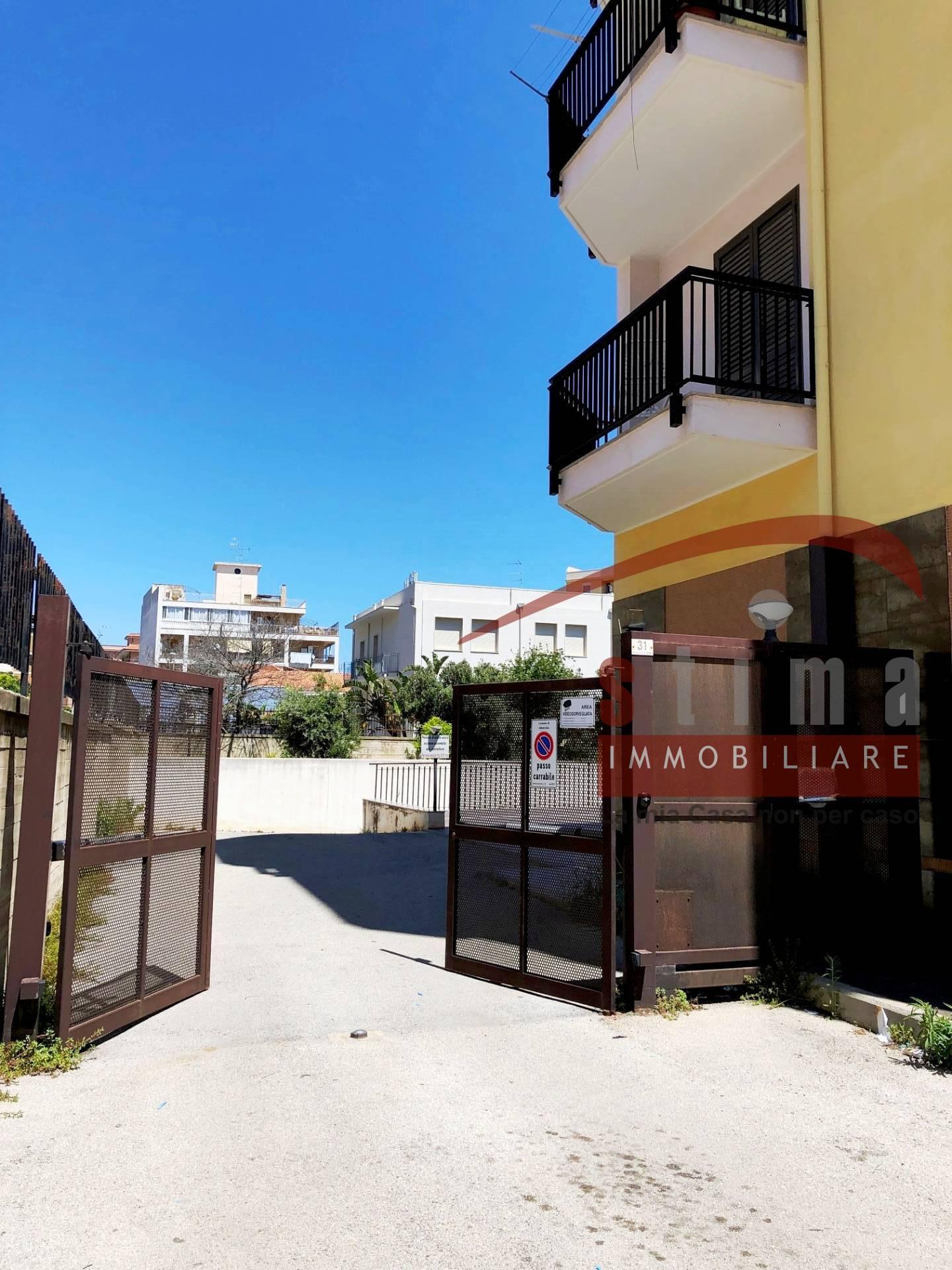 Box / Garage in vendita a Siracusa, 1 locali, zona Zona: Tica-tisia, prezzo € 32.000 | CambioCasa.it