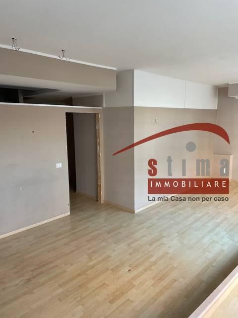 Fondo commerciale in vendita a Siracusa (SR)