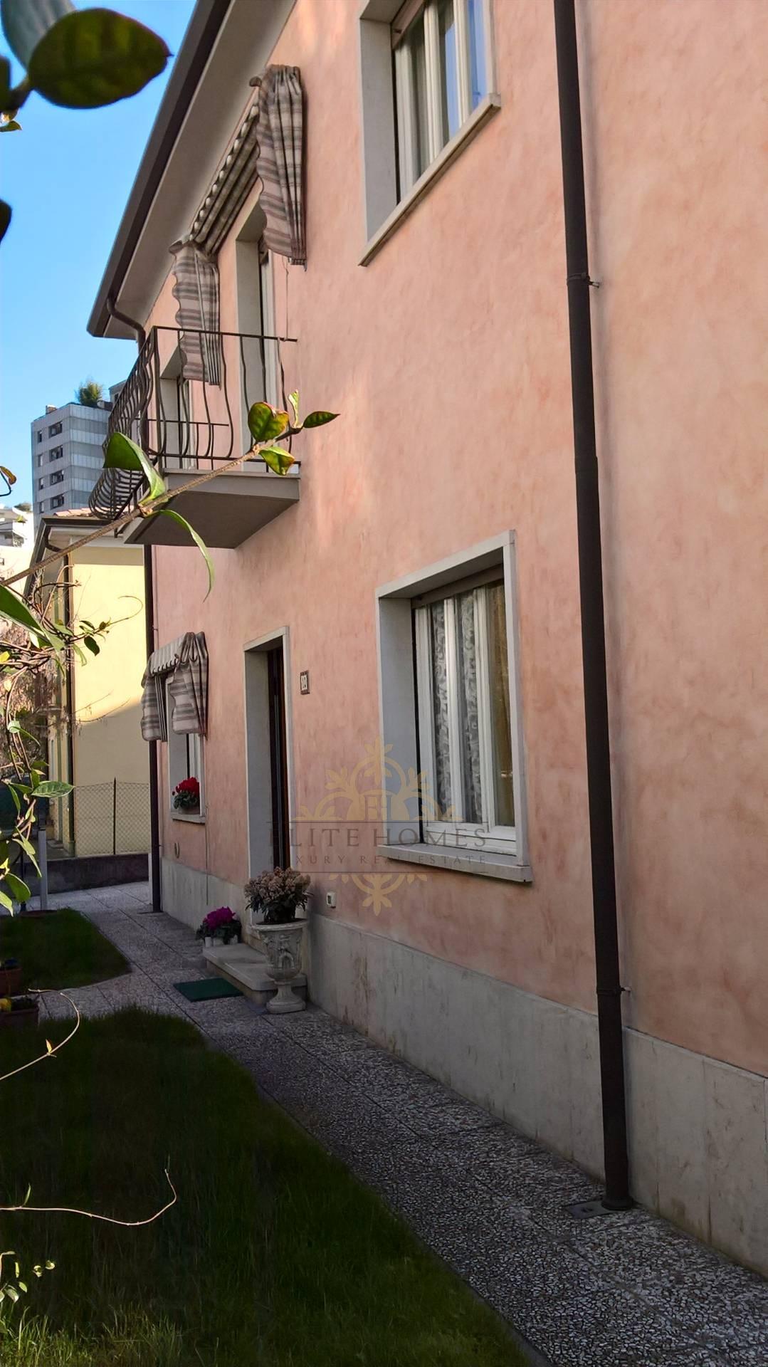 Soluzione Indipendente in vendita a Verona, 10 locali, zona Zona: 4 . Saval - Borgo Milano - Chievo, prezzo € 395.000 | Cambio Casa.it