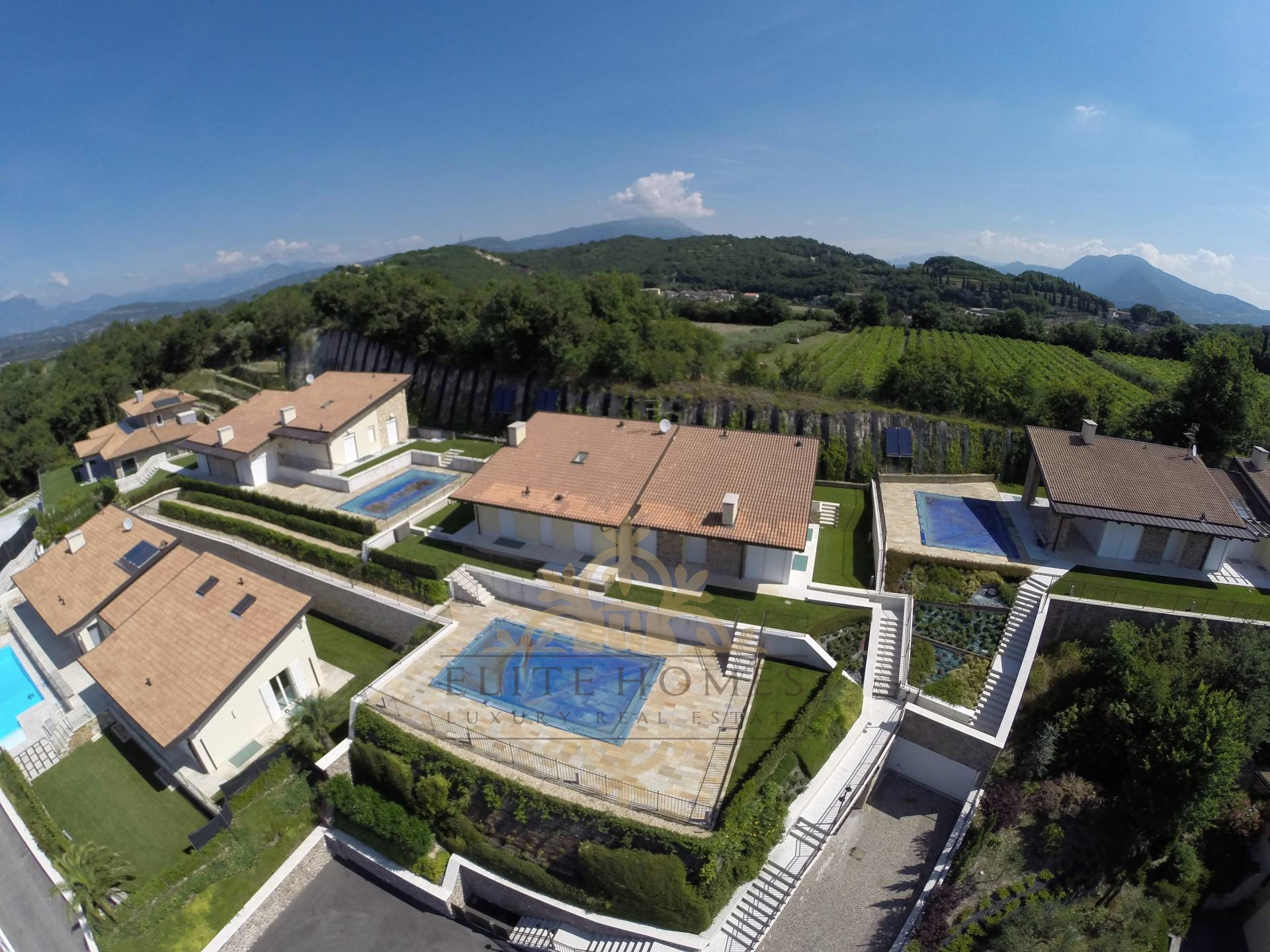 Villa in Vendita a Cavaion Veronese