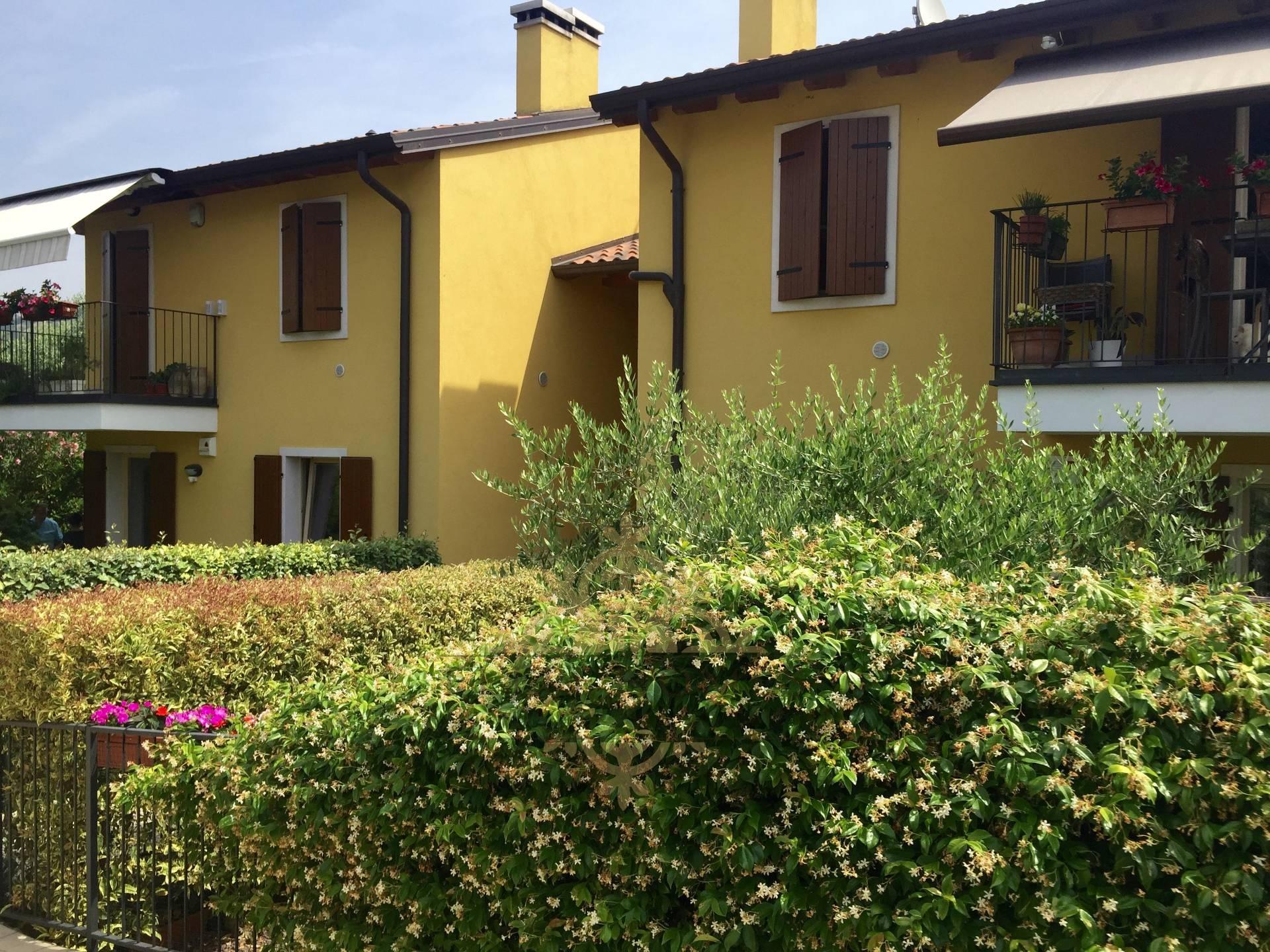 Appartamento in vendita a Cavaion Veronese, 4 locali, Trattative riservate | Cambio Casa.it