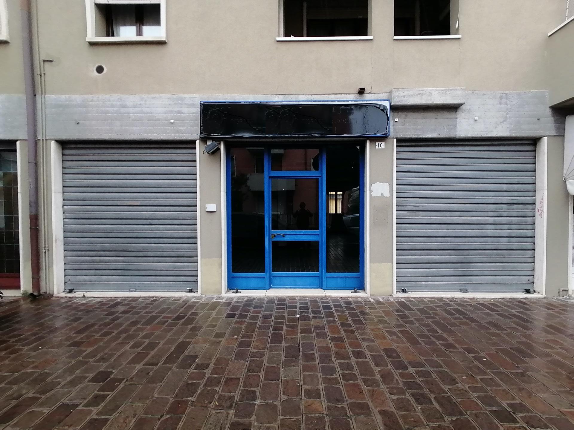 Negozio / Locale in vendita a San Giovanni Lupatoto, 9999 locali, prezzo € 99.000 | PortaleAgenzieImmobiliari.it