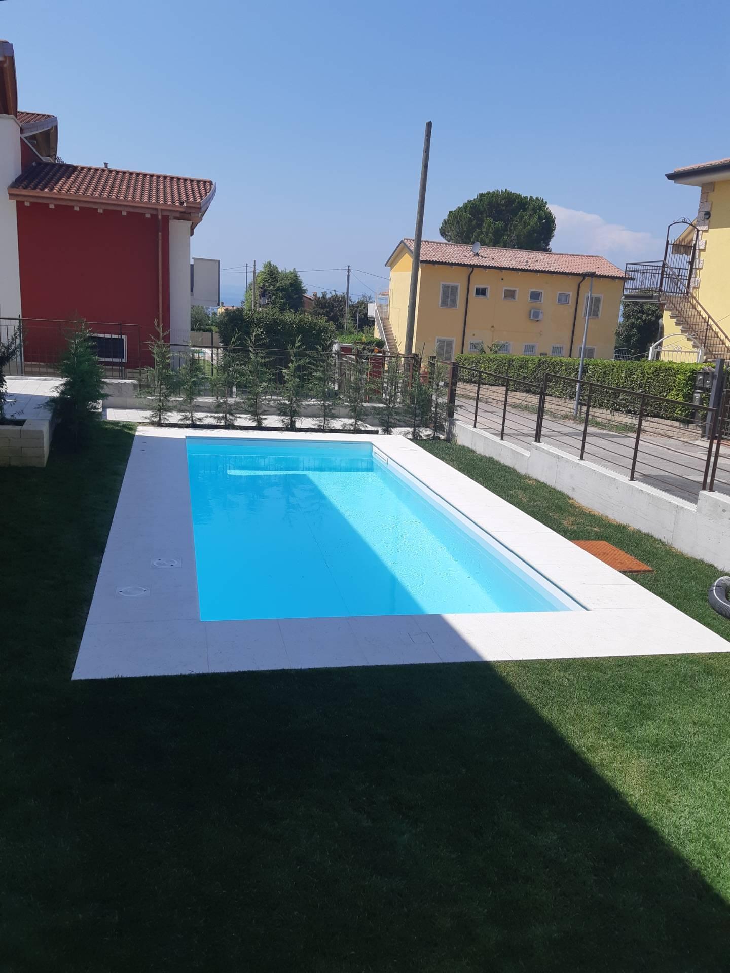Appartamento in vendita a Lazise, 3 locali, prezzo € 300.000 | PortaleAgenzieImmobiliari.it