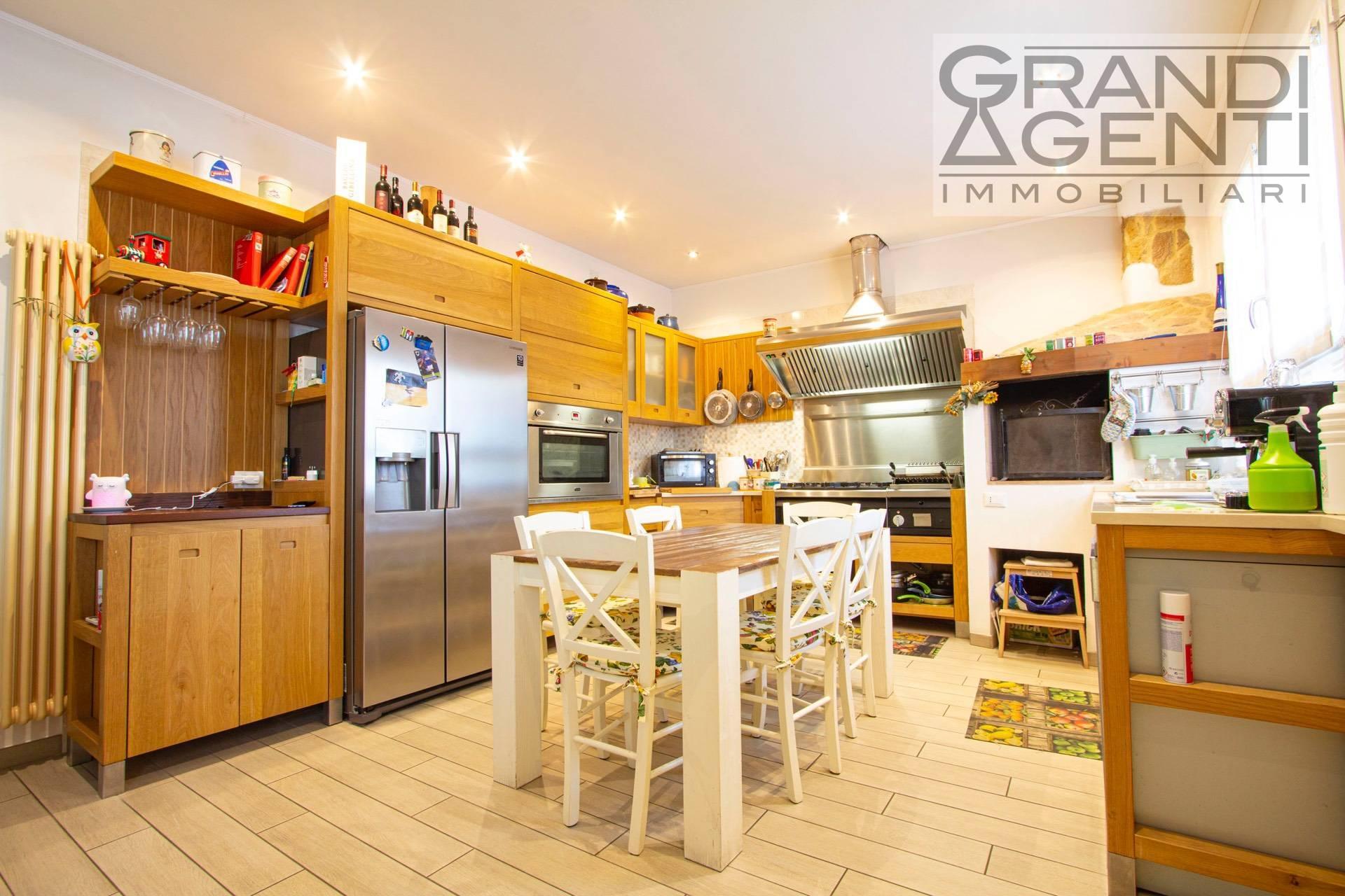 Appartamento in vendita a San Giovanni Lupatoto, 3 locali, prezzo € 215.000 | PortaleAgenzieImmobiliari.it