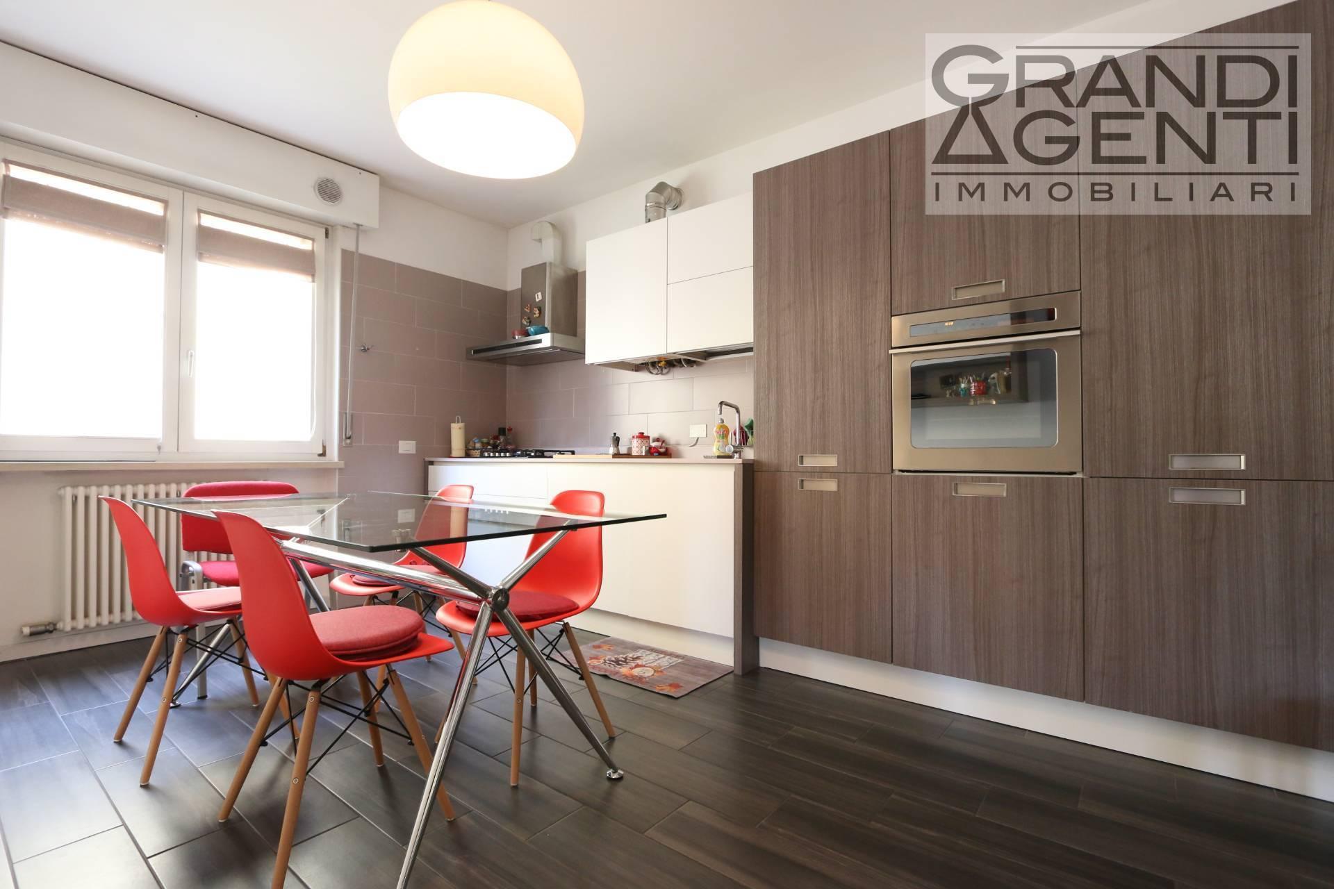 Appartamento in vendita a Verona, 3 locali, zona Località: BorgoRoma, prezzo € 149.000 | PortaleAgenzieImmobiliari.it
