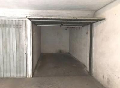 Garage in Vendita a Verona