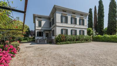 Villa in Vendita a Fara Vicentino