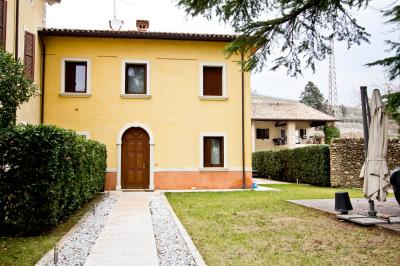 Villa for Sale to Sant'Ambrogio di Valpolicella