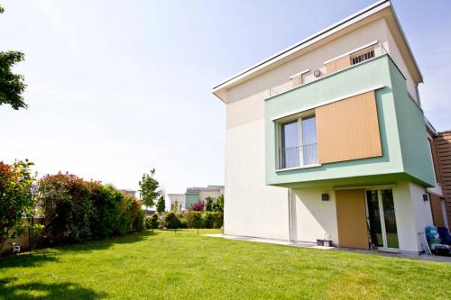 Villa bifamiliare in Vendita a Verona