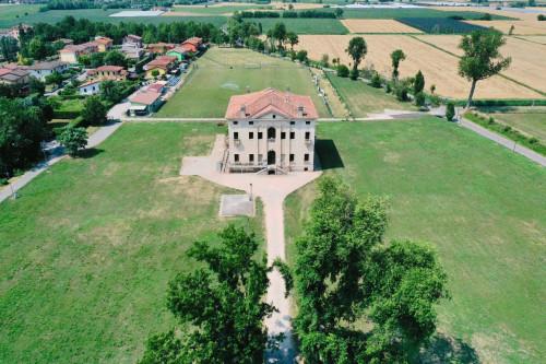 Villa in Vendita a Sorgà