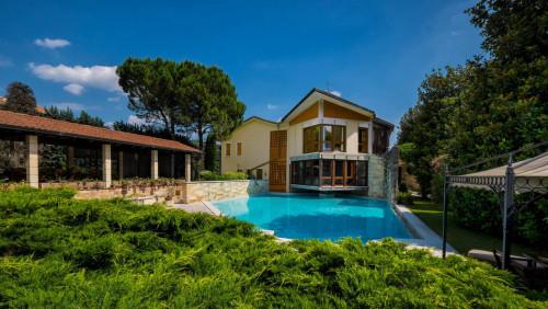 Villa for Sale to Negrar