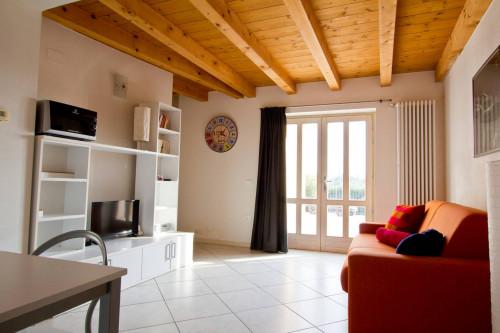 Appartamento in Vendita a Costermano