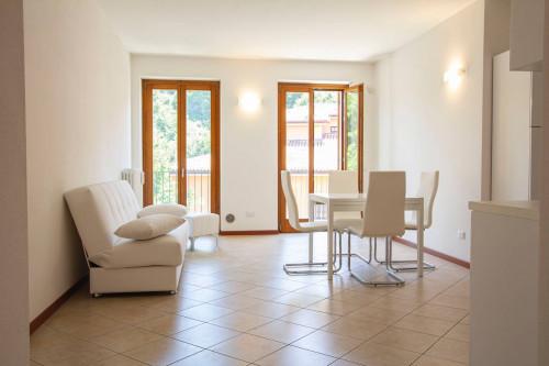 Appartamento in Vendita a Pastrengo