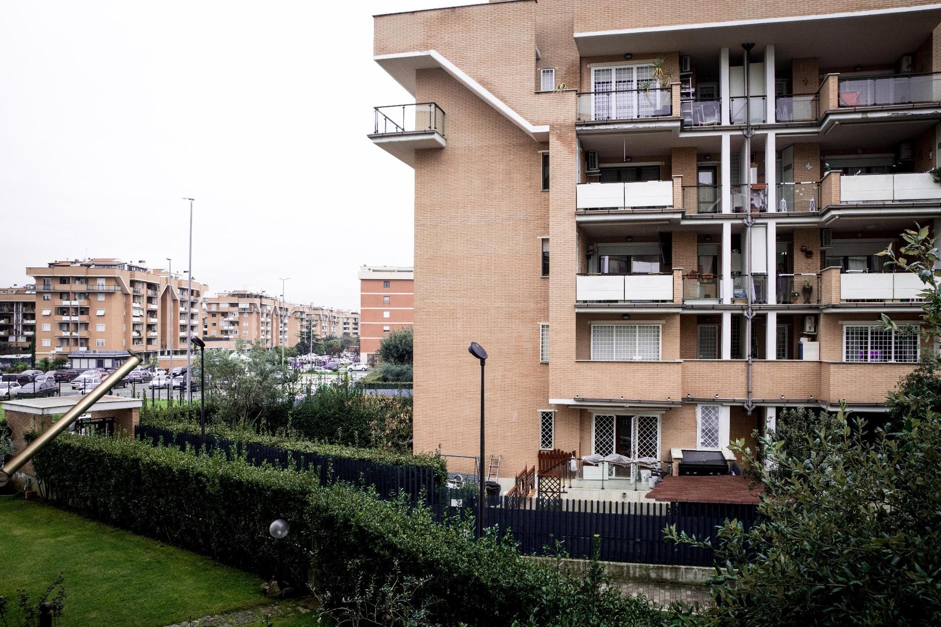 Bilocale vendita roma via indro montanelli for Bilocale vendita roma centro