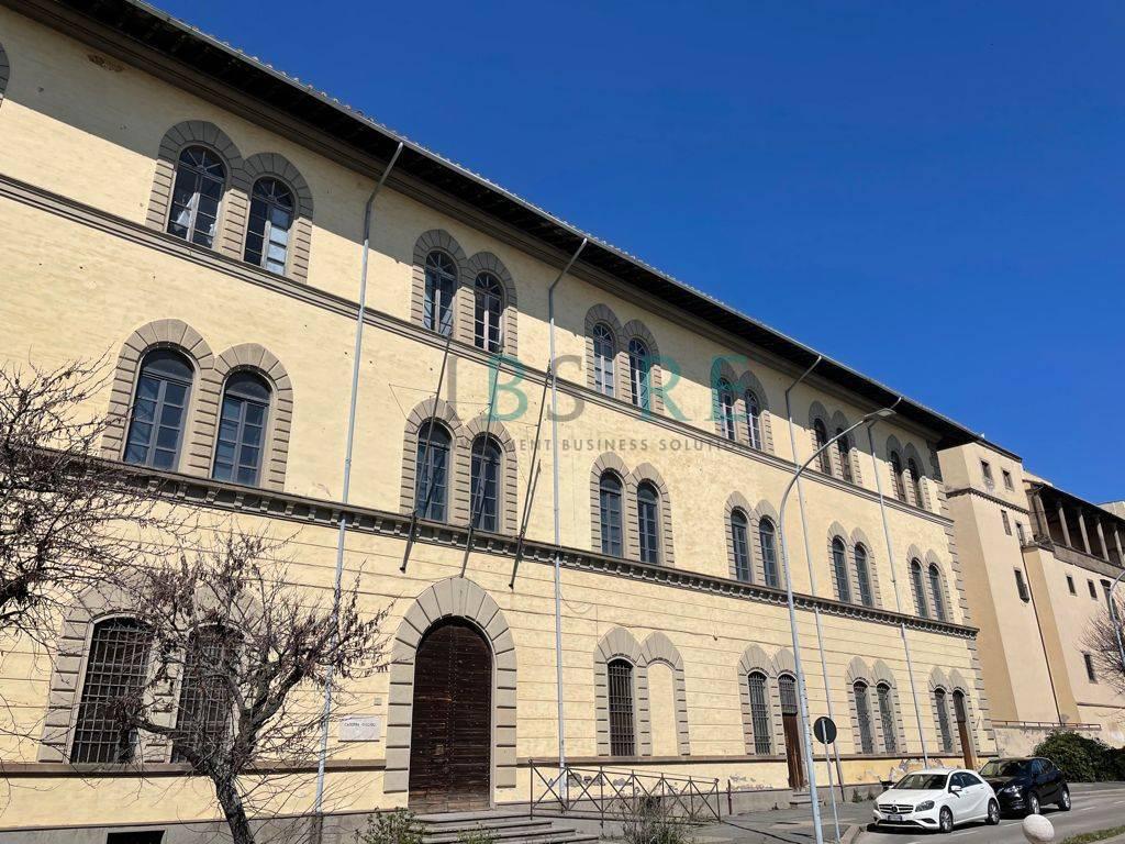 Ufficio / Studio in vendita a Viterbo, 9999 locali, zona Zona: Semicentro, prezzo € 2.970.000   CambioCasa.it