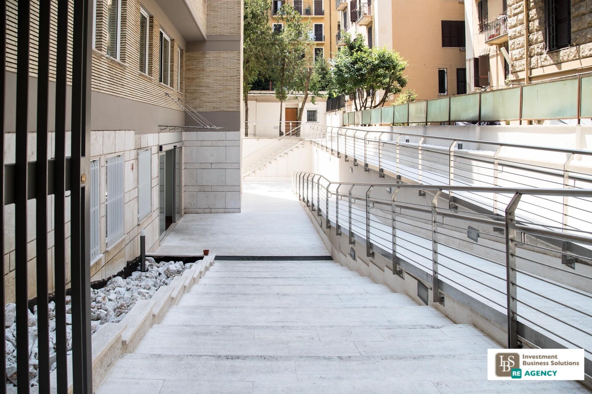 Ufficio studio in affitto a roma cod 135 rubicone affittp for Affitto studio medico roma parioli