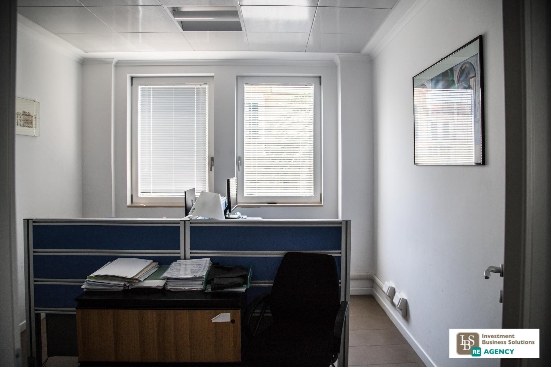 Ufficio studio in affitto a roma cod 135 rubicone affittp for Affitto postazione ufficio roma