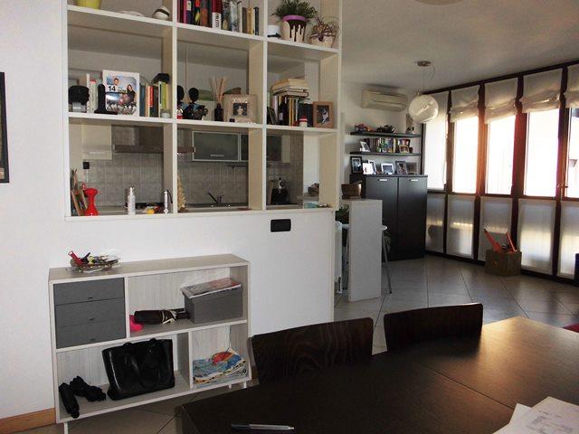 Buccinasco | Appartamento in Vendita in via Lario | lacasadimilano.it