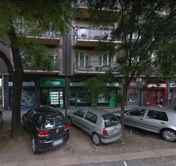 Milano | Negozio in Vendita in Via Andrea Solari | lacasadimilano.it