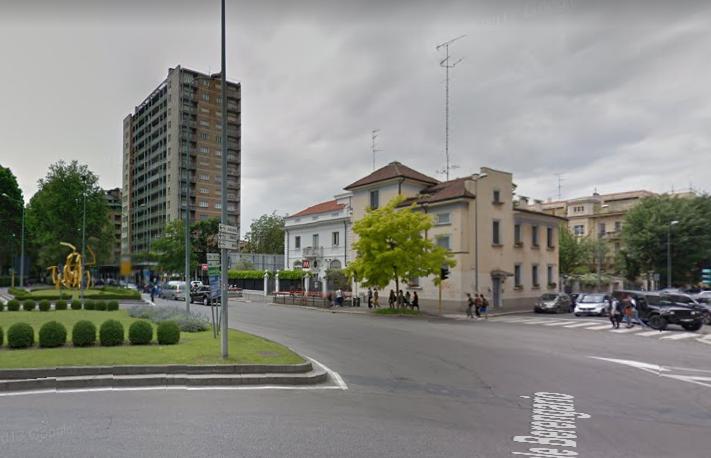 Milano | Villa in Vendita in Piazza Giovanni Amendola | lacasadimilano.it