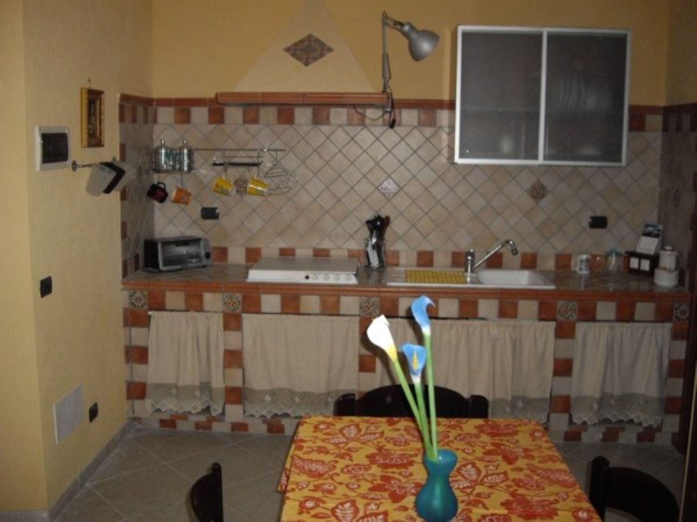 Appartamento in affitto a Castellammare del Golfo, 2 locali, prezzo € 300 | CambioCasa.it