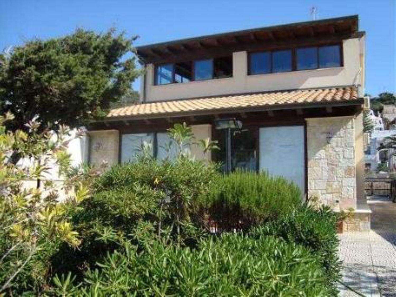 Appartamento in affitto a Alcamo, 4 locali, prezzo € 1.400 | Cambio Casa.it